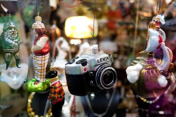 Fotografe, je libo vánoční ozdobu ve tvaru foťáku? :)